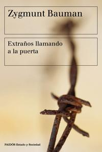 Libro EXTRAÑOS LLAMANDO A LA PUERTA