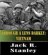 Libro THROUGH A LENS DARKLY: VIETNAM