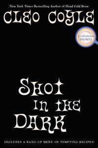 Libro SHOT IN THE DARK