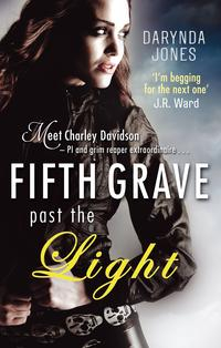 Libro FIFTH GRAVE PAST THE LIGHT